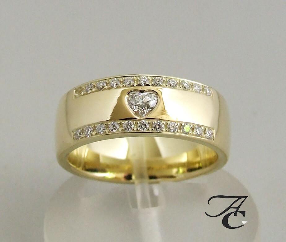 Afbeelding van Atelier Christian 14 karaat harten ring met diamanten geel goud