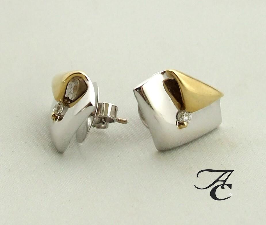 Afbeelding van Atelier Christian Bicolor oorbellen met briljant geel goud