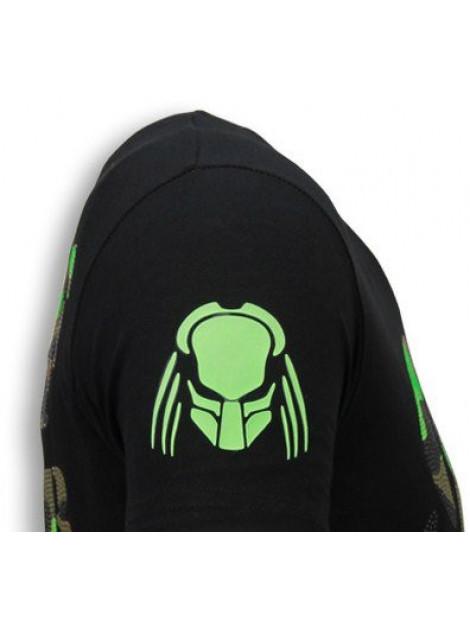 Local Fanatic Predator rhinestone t-shirt 5757Z large