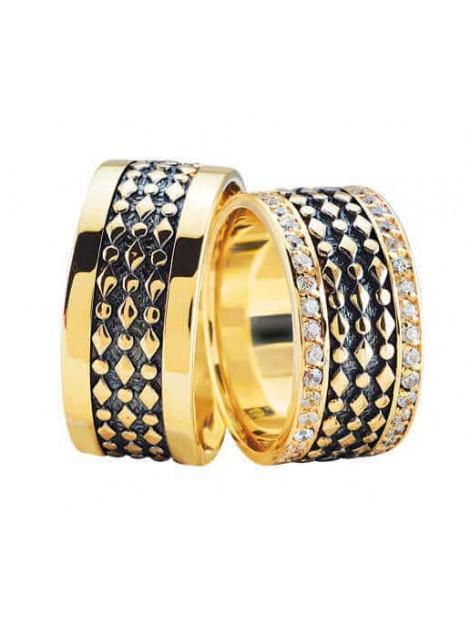 Christian Gouden trouwringen met 2 rijen diamanten 3968L large
