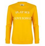 Blake Seven Sweatshirt 1100 play me love songs geel