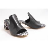 Lamica Artesia slipper