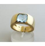 Christian Gouden ring met topaas