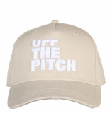 Off The Pitch Truckercap 3d wit