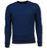 BN8 BLACK NUMBER 3d ribbel square crewneck sweater