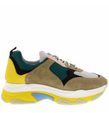 Collection by Marjon Sneakers tr500 sml
