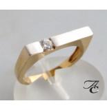 Atelier Christian Ring met zirkonia