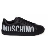 Moschino Sneaker logo