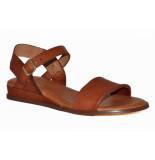 Red Rag Artikelnummer 79370 cognac sandalen met verhoging en gouden gesp