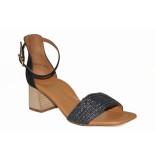 Paul Green Artikelnummer 7788-038 zwarte geklede sandaal op hak met drukknoop sluiting