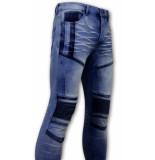 True Rise Biker jeans 3057