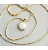 Christian Gouden collier met opaal hanger