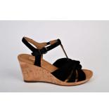Gabor Gabor artikelnummer 22.828-47 sandaal  zwart op sleehak