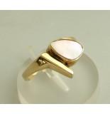 Christian Gouden ring met parelmoer