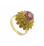 Christian 18 karaat gouden ring met robijnen en diamant