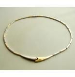 Christian Tweedehands bicolor gouden collier