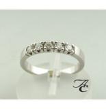 Atelier Christian Gouden alliance ring met diamant