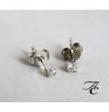 Atelier Christian Oorbellen met diamant wit goud