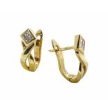 Christian Oorclips met diamant geel goud