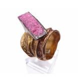 Christian Zilveren ring met ruwe stichtiet steen geel goud