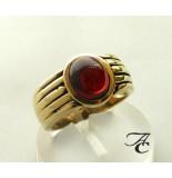 Atelier Christian Gouden ring met granaat geel goud