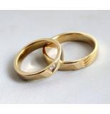 Christian Gouden trouwringen met 2 diamanten geel goud