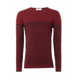 Pure White Crewneck bordeaux