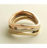 Christian Gouden tricolor ring met diamant en saffier