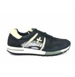 Premiata Sneakers zwart
