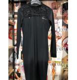 Zip73 W19-608-80-10 jurk letterpart zwart