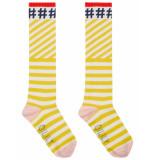 Oilily Mop kniesokken geel met witte streep en #hashtags- beige