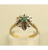 Christian 14 karaat gouden ring met smaragd en diamant