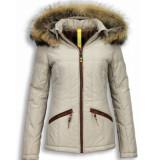 Milan Ferronetti Korte winterjas met capuchon beige